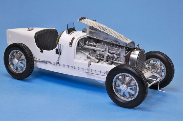 MFH Hiro : Kit Bugatti 35 Monaco GP winner 1/12 scale