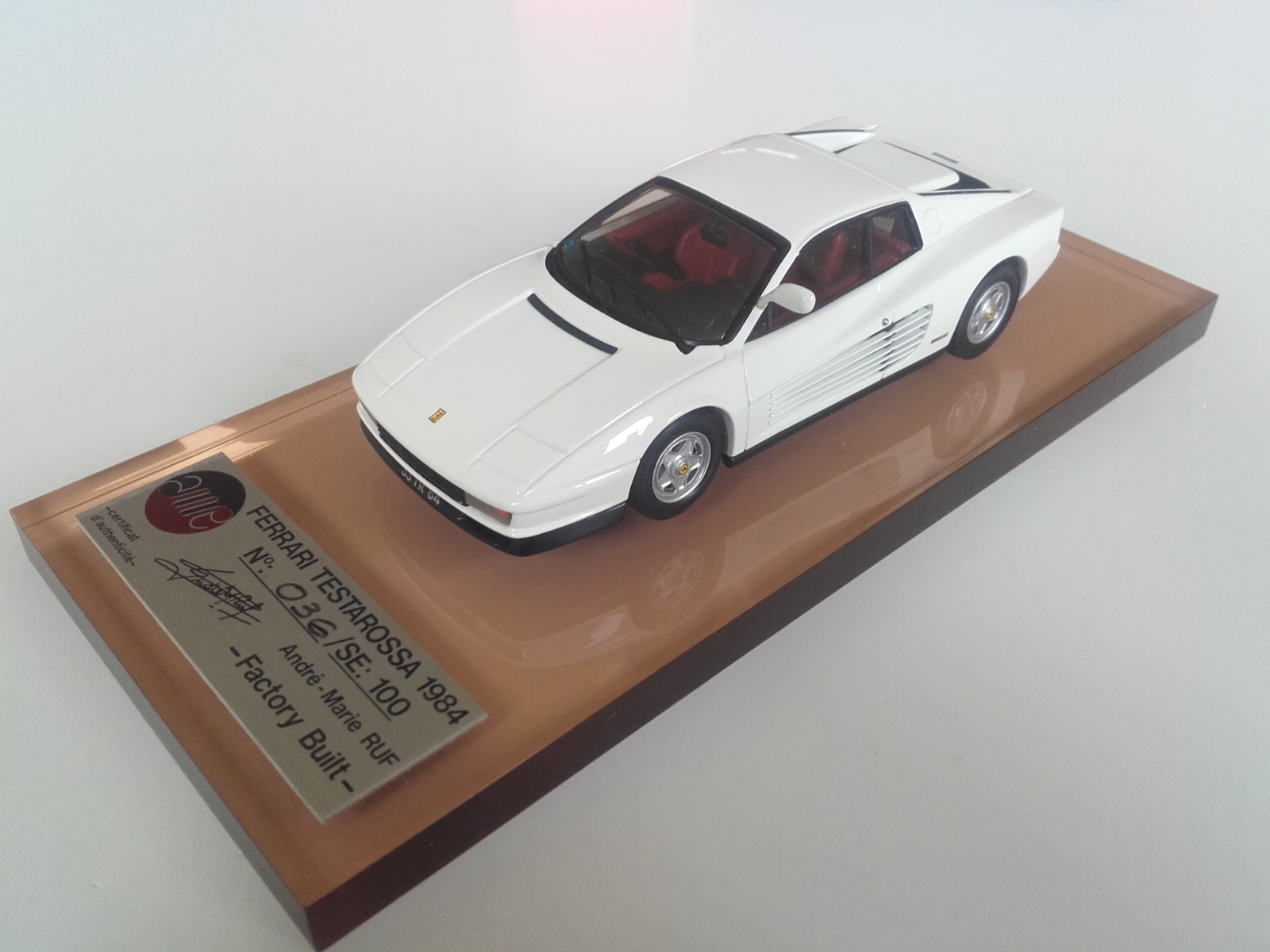 AM Ruf : Ferrari testarossa 1990 white - export version -