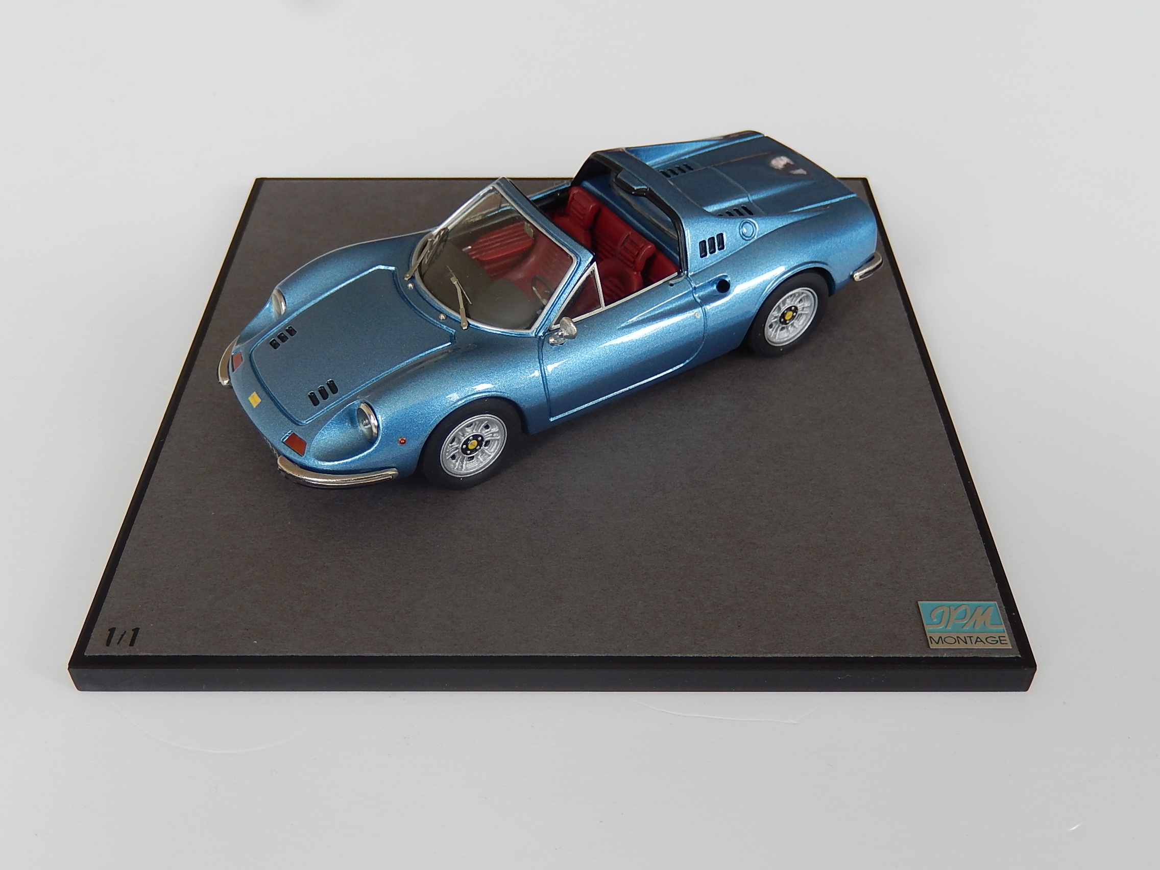 JPM : Ferrari Dino 246 GTS blue --> unique