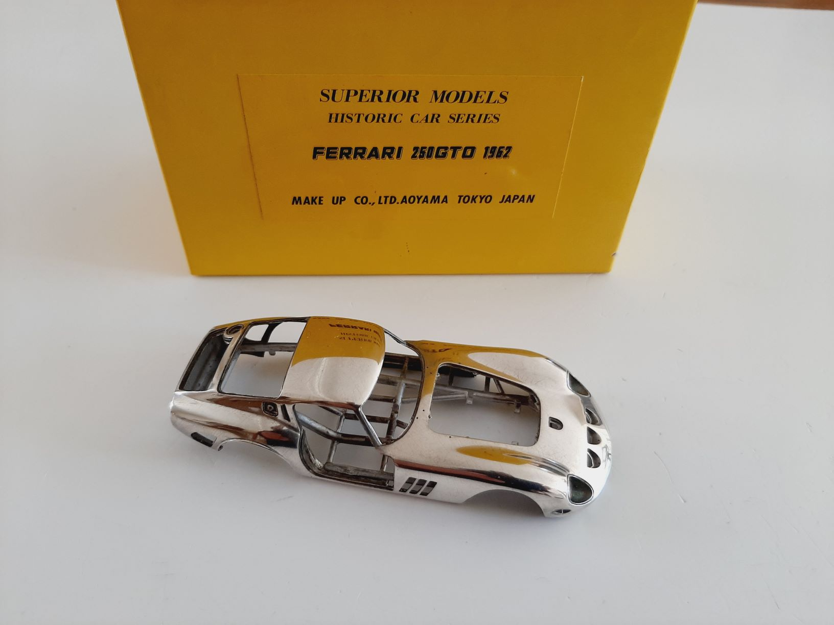 Make up : Kit Ferrari 250 GTO 1962 all open/close