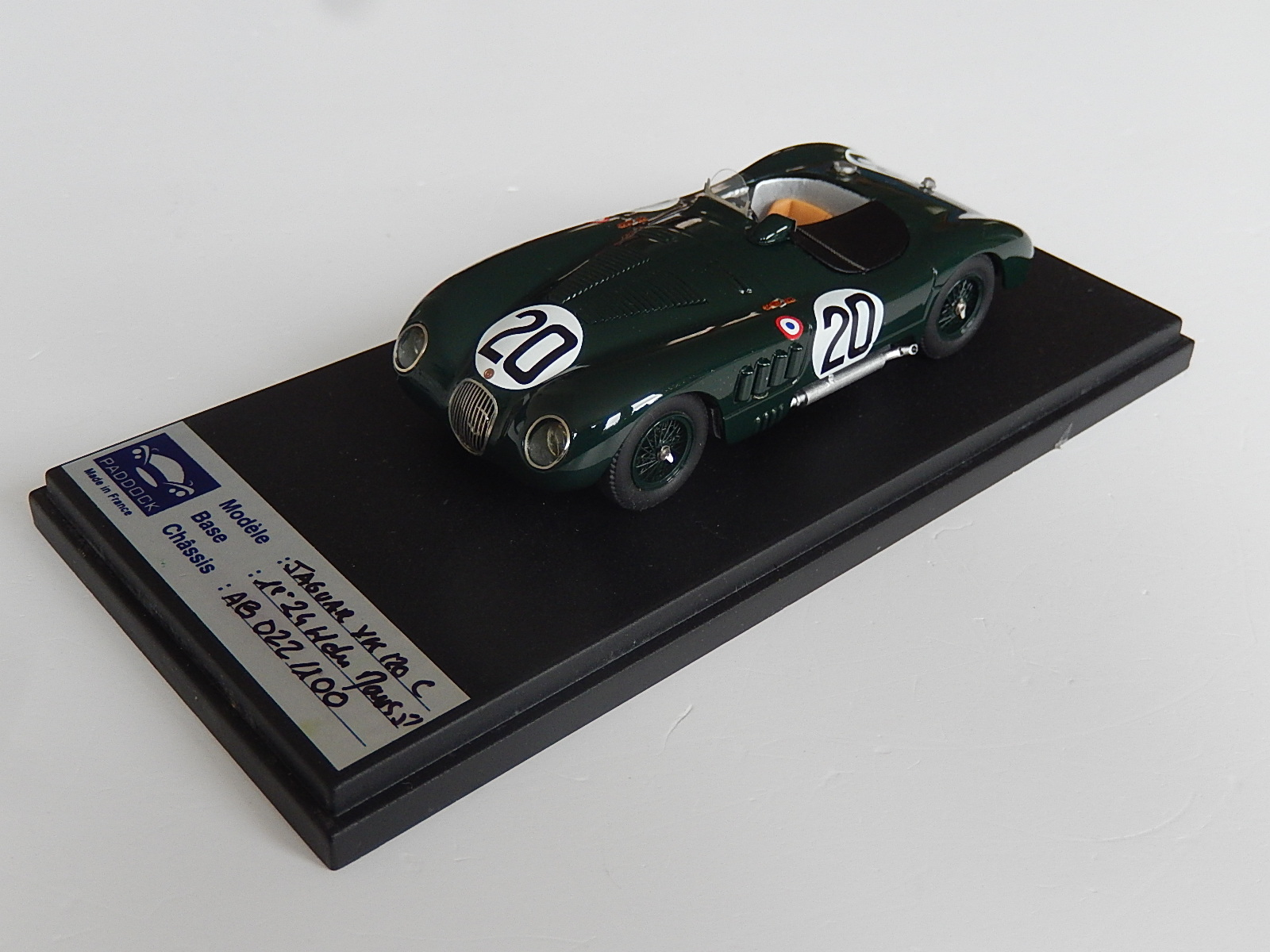 Paddock : Jaguar type C Winner le mans 1951 --> RESERVED