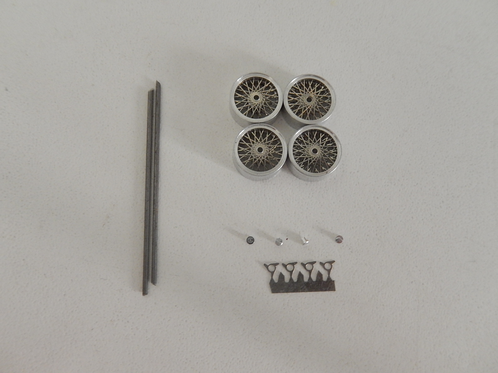 Paddock : 1/43 Wheels 3 blades for Jaguar Ferrari Maserati