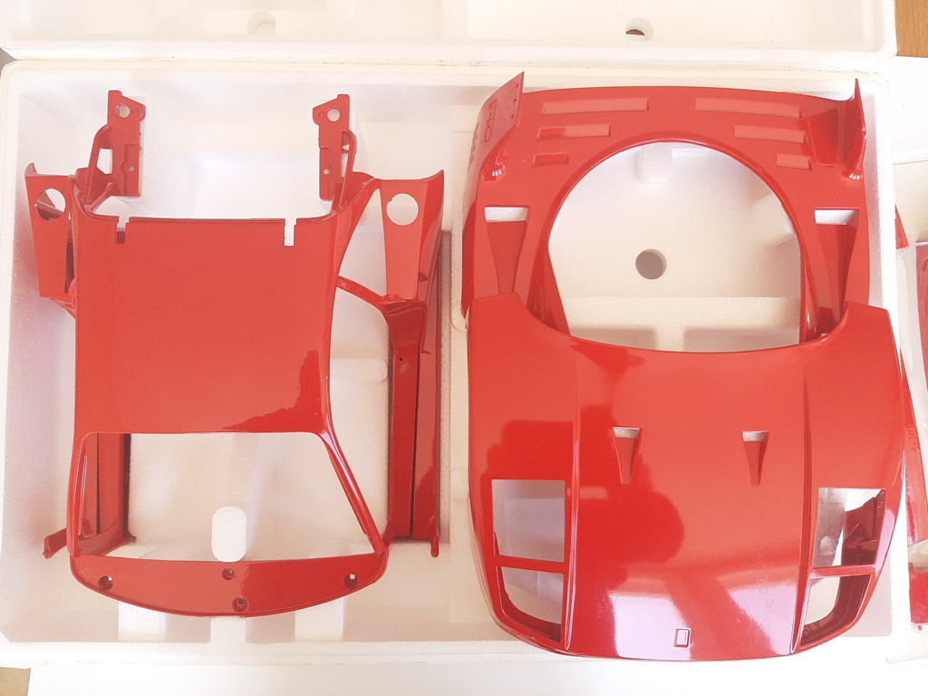 Pocher : Kit Ferrari F40