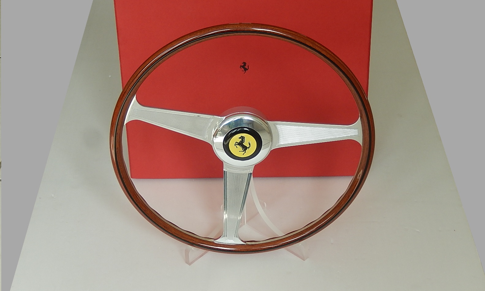 Ferrari Nardi wood Steering Wheel  for 250 GT --> SOLD