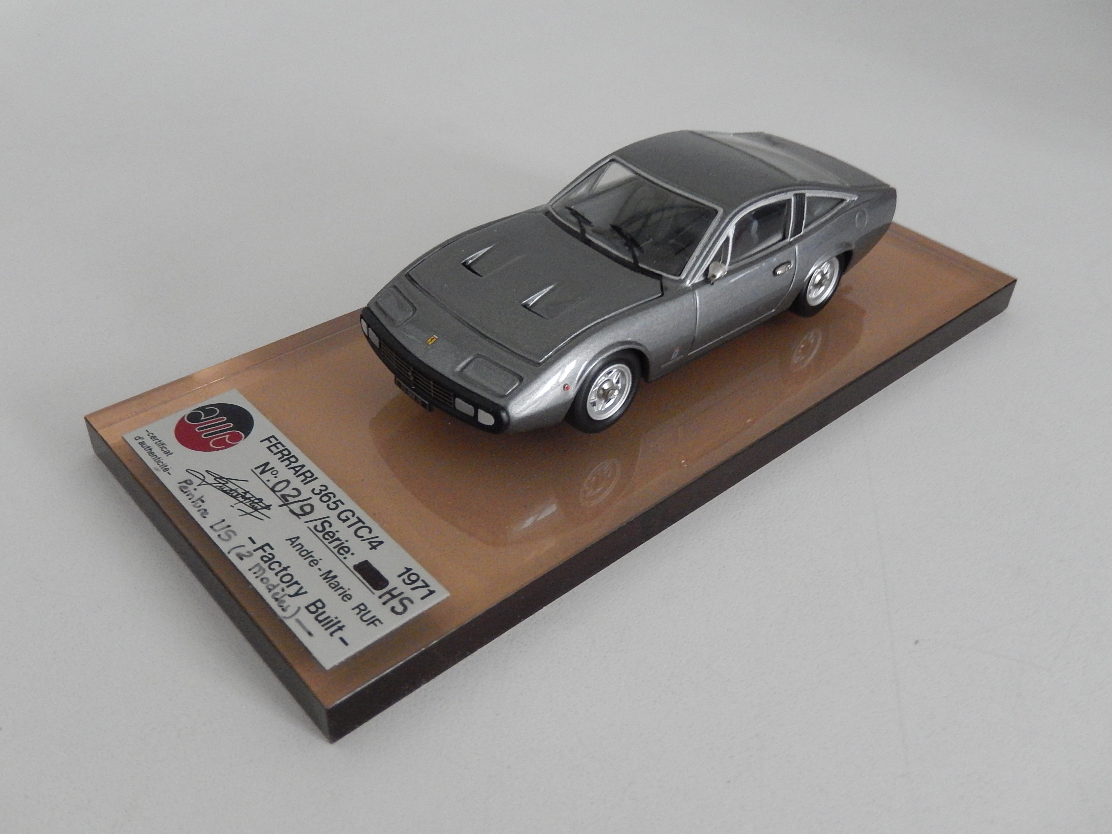 AM Ruf : Ferrari 365 GTC4 dark grey metal --> SOLD