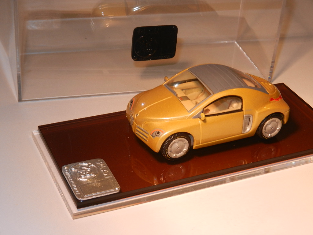 AM Ruf : Renault Fiftie in Planx43 box