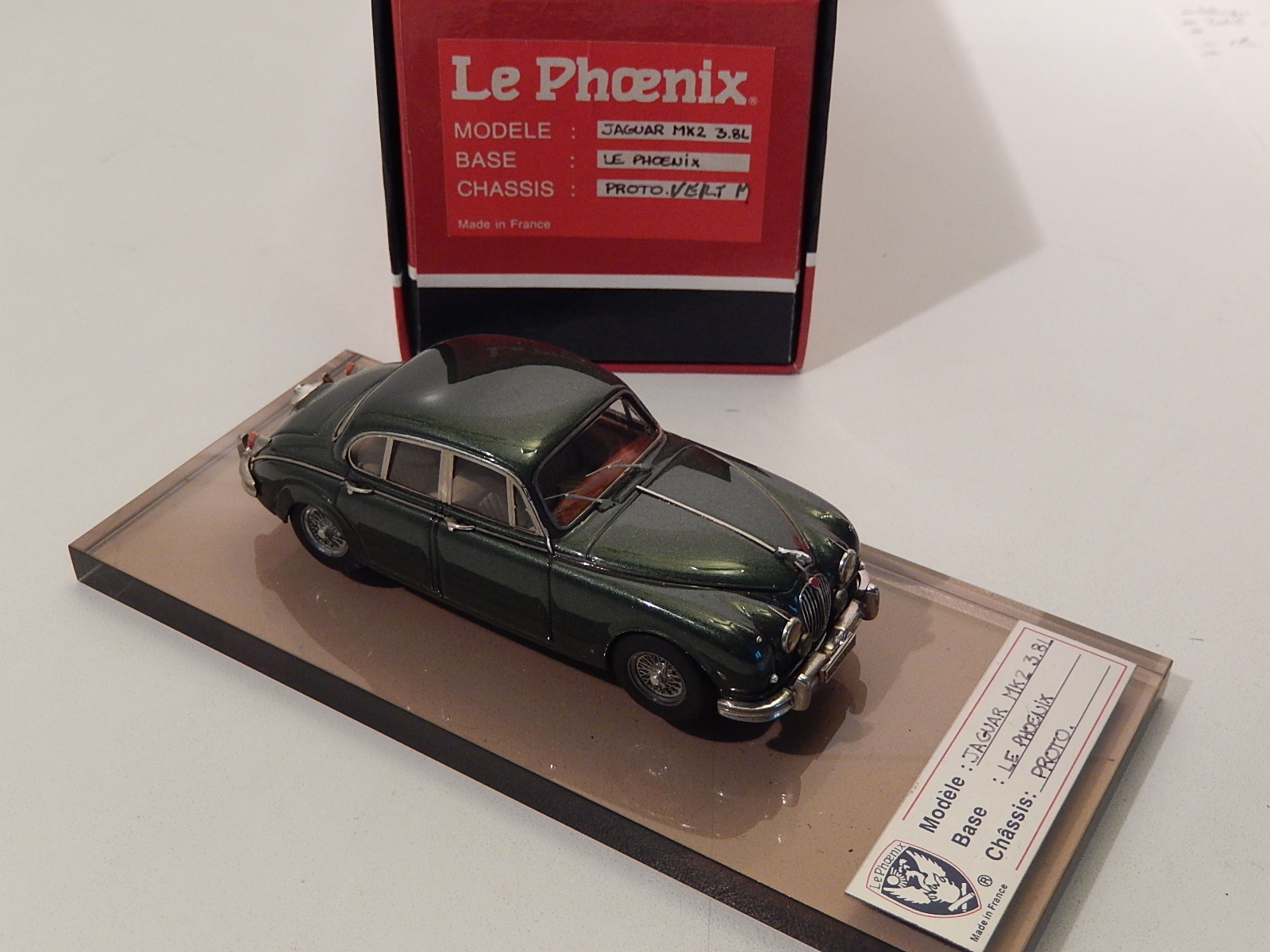 "lephoenix : Jaguar MK2  Green metal --> unique model ""PROTO"""