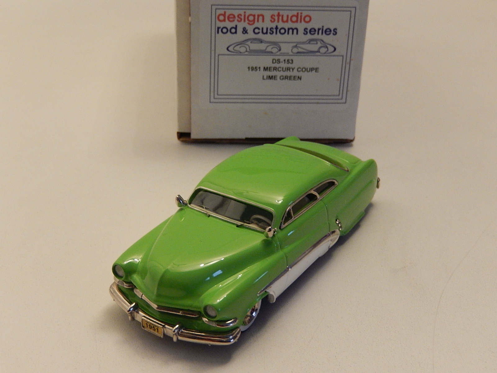 Motor City : Mercury Lime Green 1951  --> SOLD