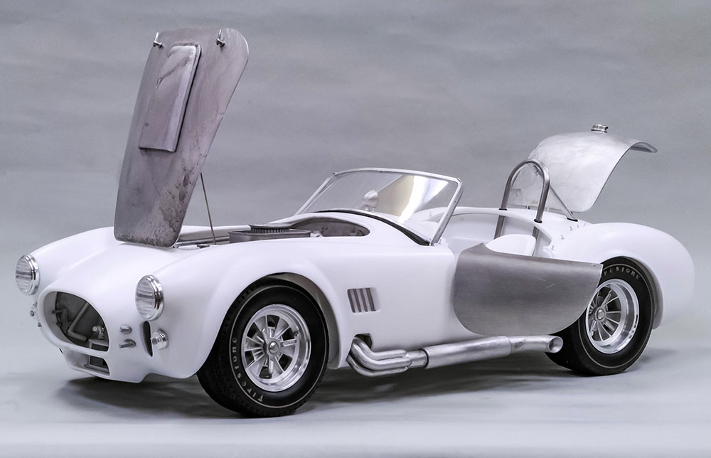 MFH Hiro : Kit AC CObra 427 1/12 scale all open/close